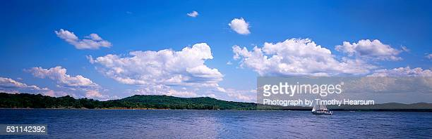 sailboat on seneca lake - timothy hearsum ストックフォトと画像