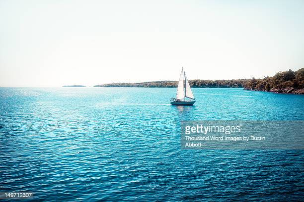 sailboat - dustin abbott stock pictures, royalty-free photos & images