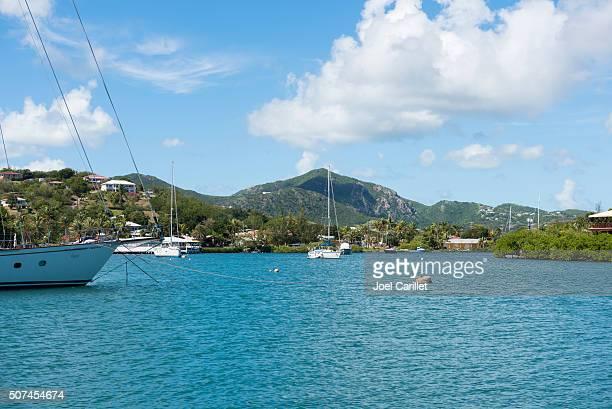 Barche a vela al cantiere navale dell'ammiraglio Nelson nel porto inglese, Antigua