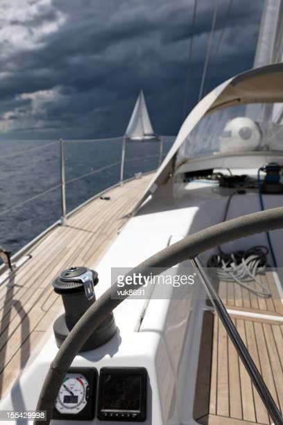 Voiliers en mer Méditerranée