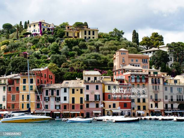 sailboats in sea in portofino, italy - marek stefunko stock pictures, royalty-free photos & images