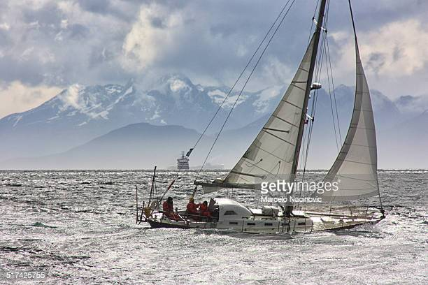 sailing at the beagle channel in ushuaia - marcelo nacinovic stock pictures, royalty-free photos & images