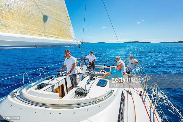 Segeln crew auf Segelboot