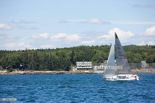 segeln in maine, usa - boothbay harbor stock-fotos und bilder