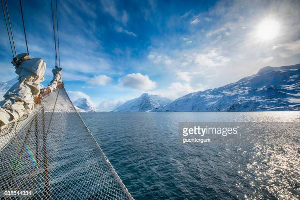 Sailing in the arctic ocean
