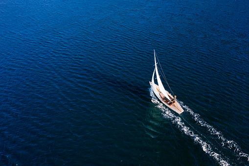 Sailing 1172438166