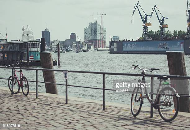 Segeln Schiff im Hafen Hamburg und der Elbe river