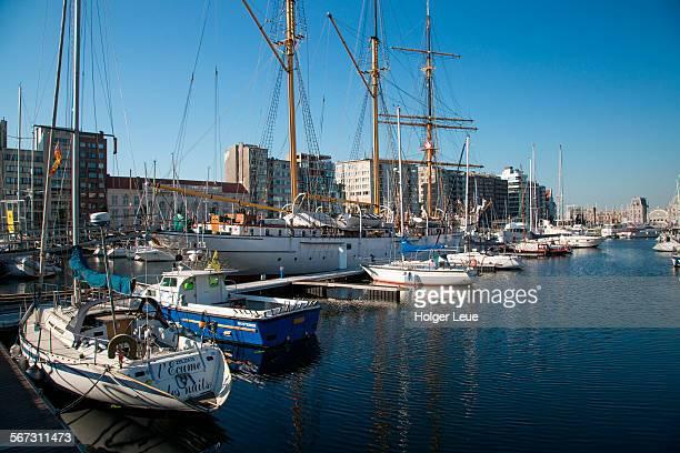 sailing ship mercator in marina mercator - オステンド ストックフォトと画像
