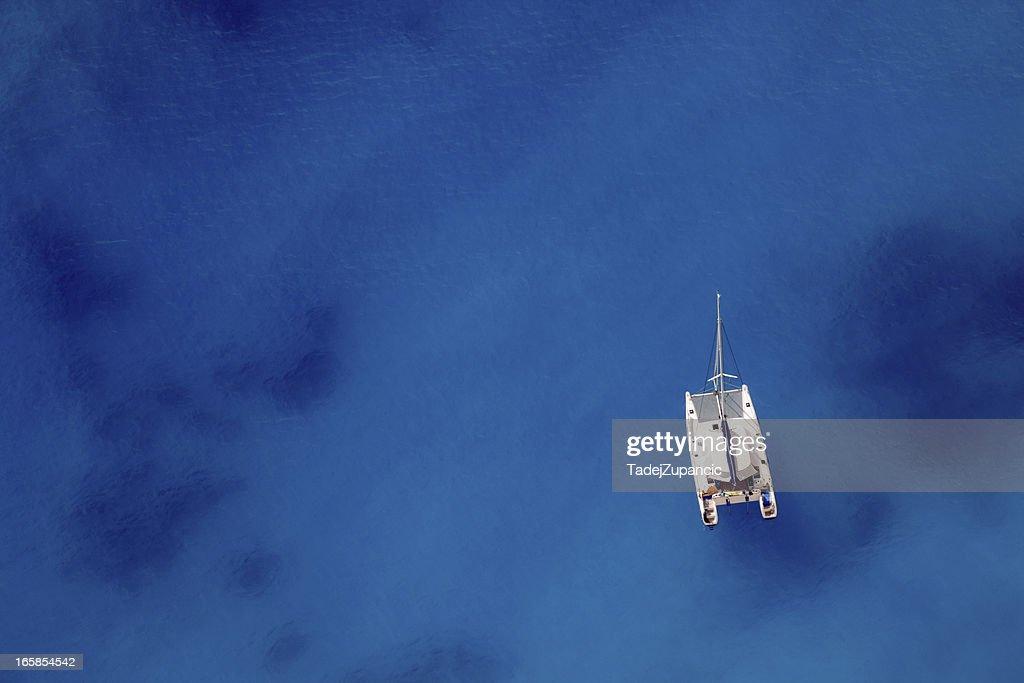Vela navio, ancorado : Foto de stock