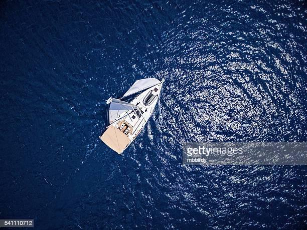 Navigation en voilier, vue de Bourdonnement