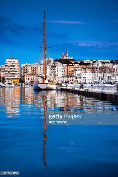 sailing yacht in the vieux port of marseille,france - marseille stock pictures, royalty-free photos & images