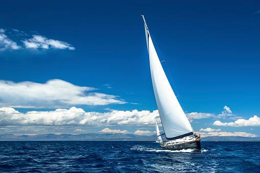 Sailing. Yachting. Sailboats participate in sailing regatta. 475781040
