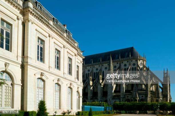 saint etienne cathedral, bourges,cher,centre,france - bourges imagens e fotografias de stock