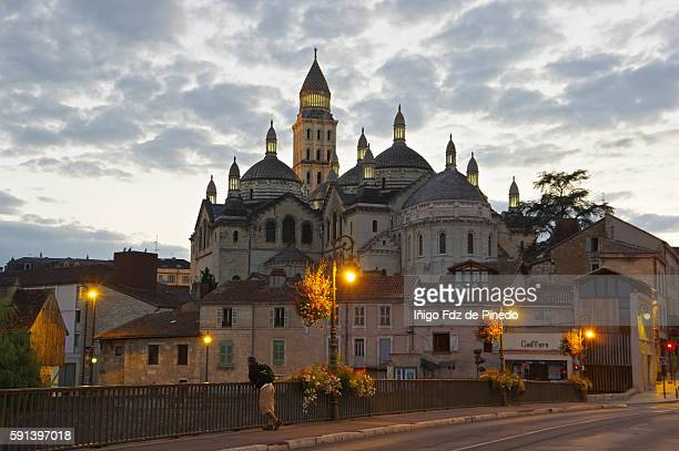 saint front cathedral-perigueux- aquitaine- france - ペリグー ストックフォトと画像