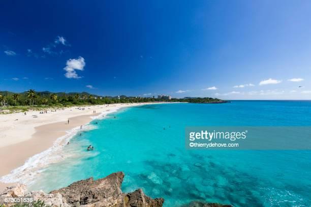 saint martin sint maarten beaches - sint maarten caraïbisch eiland stockfoto's en -beelden
