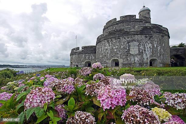 saint mawes castle - britisches königshaus stock-fotos und bilder