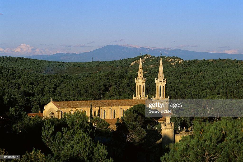 Saint Michel De Frigolet Abbey In The Montagnette, Provence, France In 2004 - : ニュース写真