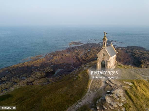 saint michel - chapel stockfoto's en -beelden