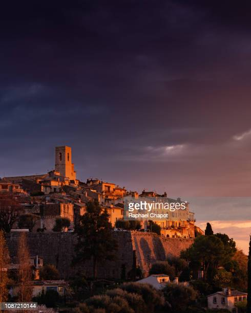 saint paul de vence village provence, france - サンポールドヴァンス ストックフォトと画像