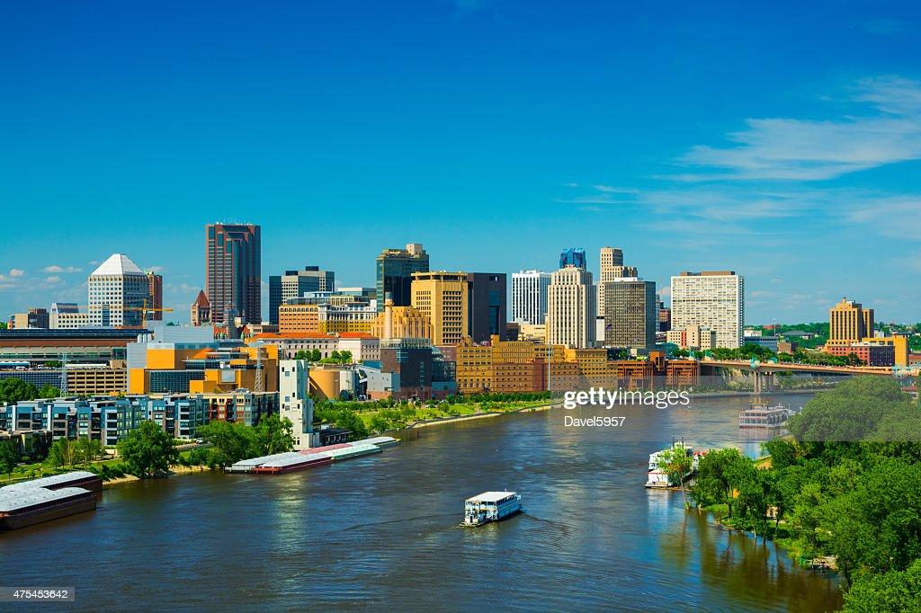 Saint Paul, MN skyline and river : Stock Photo