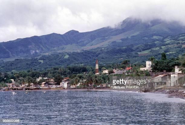 Saint Pierre au pied de la Montagne Pelée octobre 1989 Saint Pierre Martinique