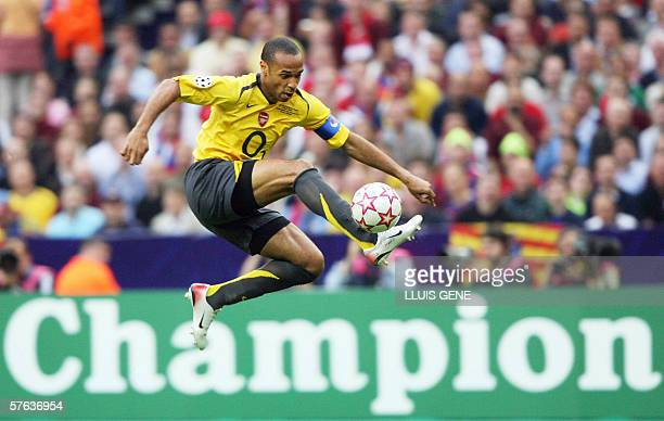 Arsenal's French forward and team captain Thierry Henry controls the ball during the UEFA Champion's League final football match Barcelona vs Arsenal...
