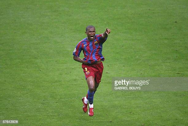 Barcelona cameroonese striker Samuel Eto'o celebrates scoring during the UEFA Champion's League final football match Barcelona vs Arsenal 17 May 2006...
