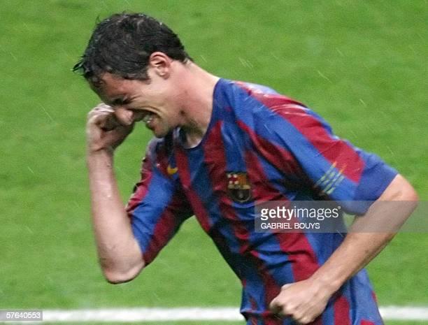 Barcelona's Brazilian defender Juliano Belletti celebrates after scoring during the UEFA Champion's League final football match Barcelona vs Arsenal...