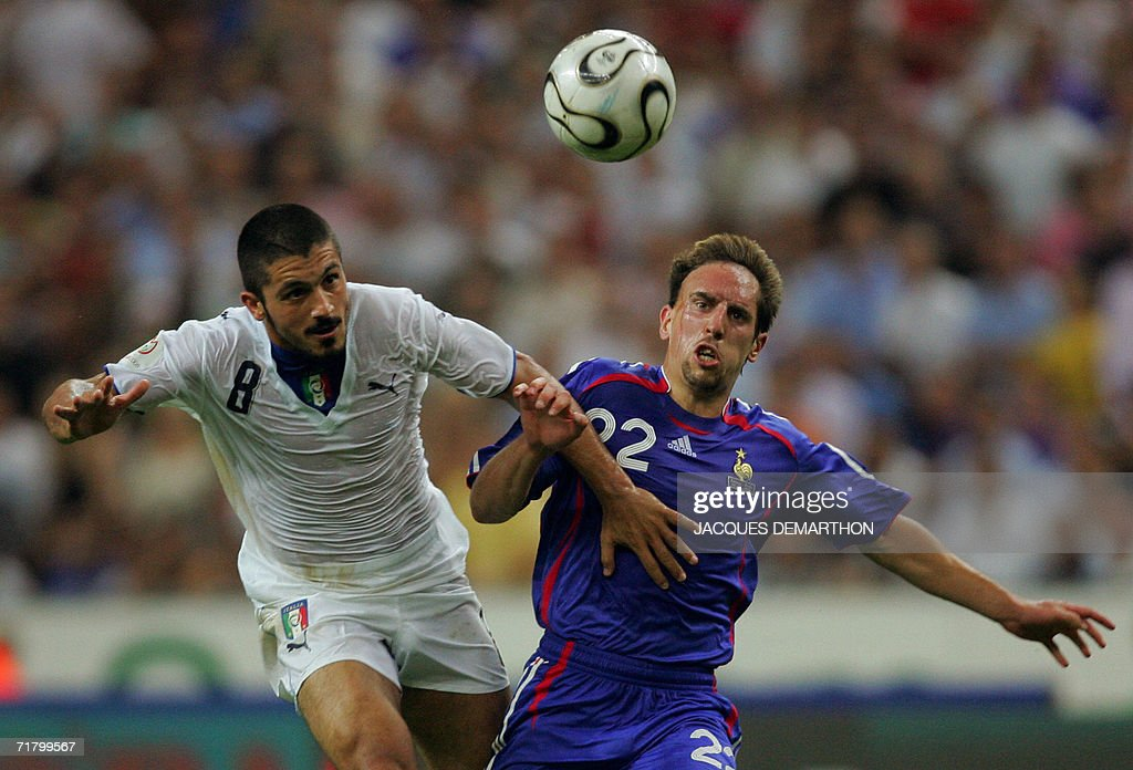 French forward Franck Ribery (R) vies with Italian midfielder Gennaro Ivan Gattuso during the 2008 UEFA European Cup Group B qualifying match France vs Italy, 06 September 2006 at the Stade de France in Saint-Denis, north Paris. France won 3-1.