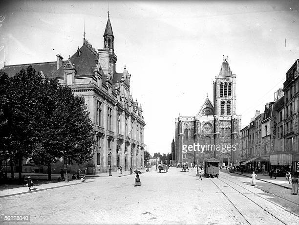 SaintDenis The City hall and the basilica About 1900