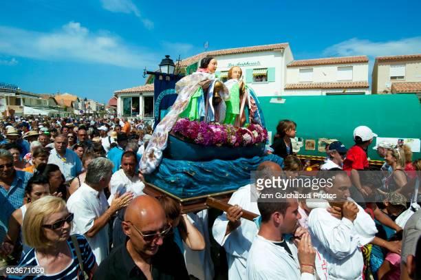 saintes maries de la mer, camargue, bouches du rhone, france - サントマリードラメール ストックフォトと画像