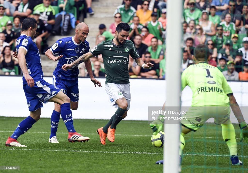 AS Saint-Etienne v Troyes AC - Ligue 1