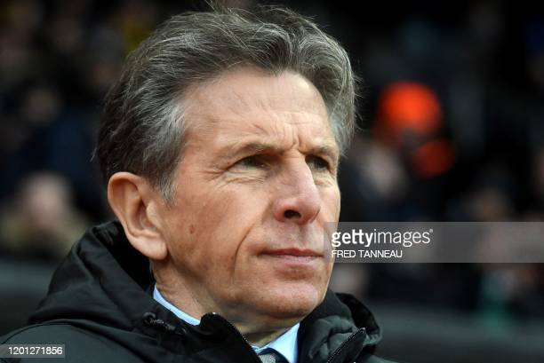 SaintEtienne's French head coach Claude Puel looks on during the French L1 football match between Stade Brestois 29 and AS SaintEtienne at the...