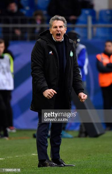 SaintEtienne's French head coach Claude Puel shoots instructions during the French L1 football match between Montpellier and SaintEtienne on February...