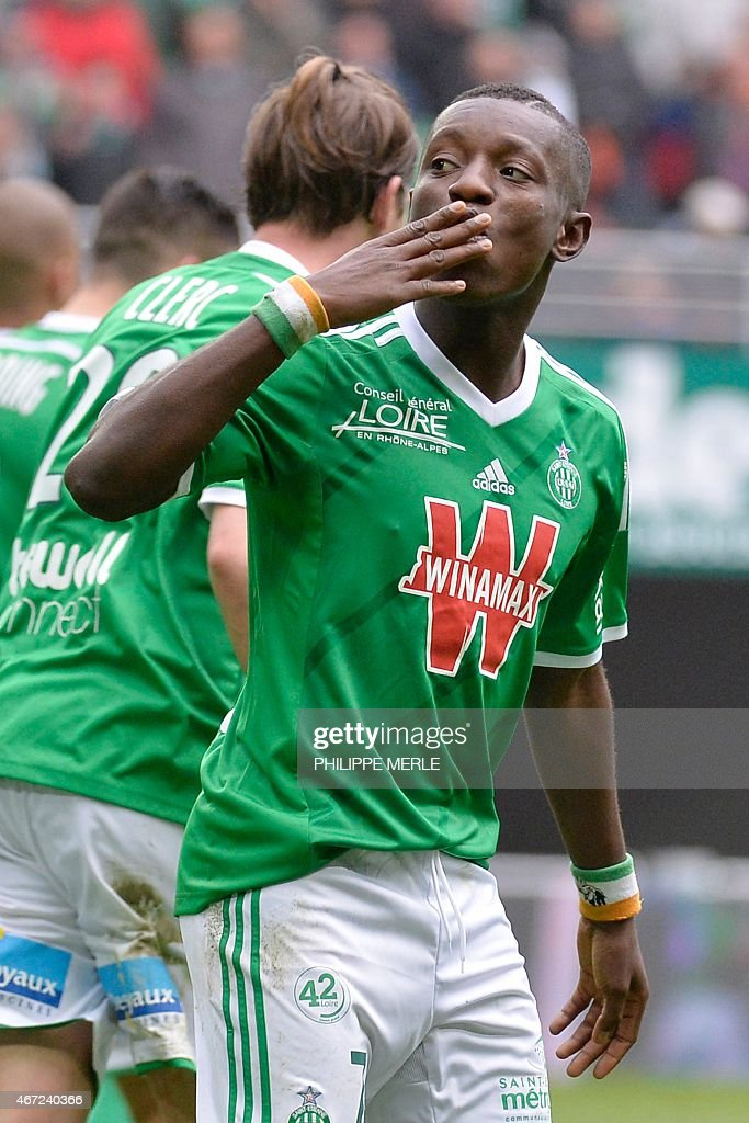 Saint-Etienne's Ivorian forward Max-Alain Gradel celebrates after scoring a goal during the French L1 football match Saint-Etienne (ASSE) vs Lille (LOSC) on March 22, 2015 at the Geoffroy-Guichard stadium in Saint-Etienne.