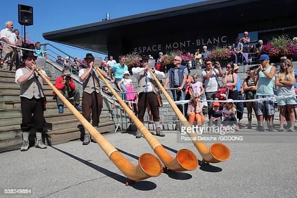 Saint-Gervais traditional moutain guides festival. Alphorn players.