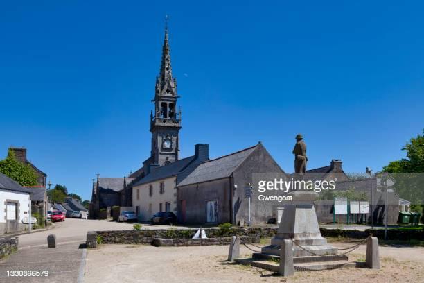 saint-jean-baptiste church in la feuillée - gwengoat stock pictures, royalty-free photos & images