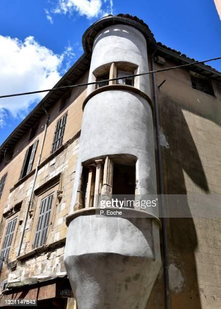 saint-maximin-la-sainte-baume, small tower - saint maximin la sainte baume stock pictures, royalty-free photos & images