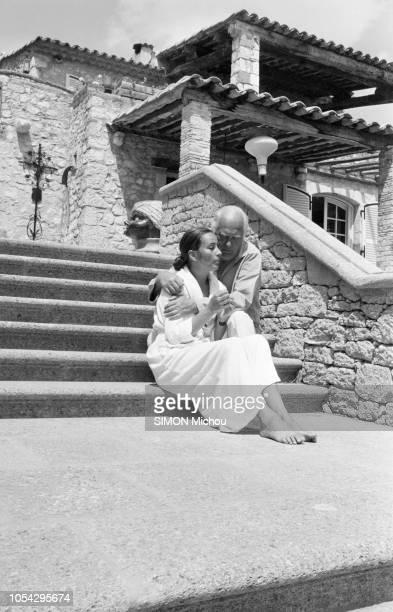 SaintPauldeVence France 19 mai 1978 Rendezvous avec Curd JURGENS et son épouse Margie dans leur villa La vieille Bastide à SaintPauldeVence