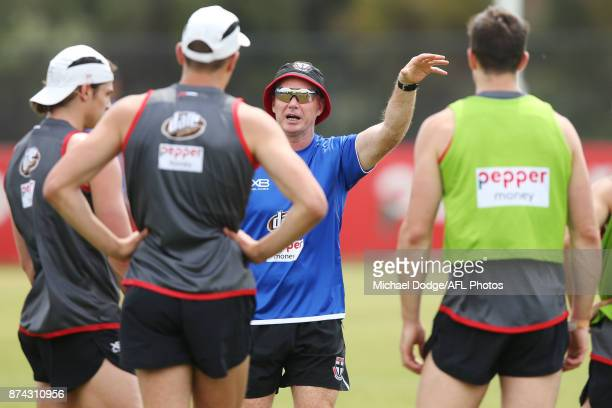 Saints head coach Alan Richardson speaks to his players during a St Kilda Saints AFL training session at Linen House Oval on November 15 2017 in...