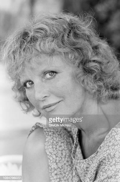 Saint-Tropez, France, 31 juillet 1978 --- Rendez-vous avec la chanteuse britannique Petula CLARK, son mari Claude Wolff et leurs enfants dans leur...