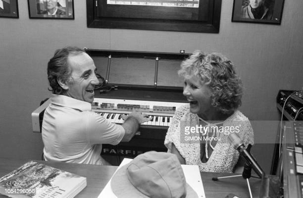 SaintTropez France 31 juillet 1978 Rendezvous avec la chanteuse Petula CLARK son mari Claude Wolff et leurs enfants dans leur villa Au buisson rond...