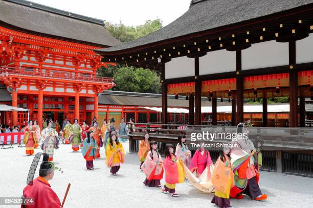 Saiodai heroine of the parade arrives at Shimogamo Jinja Shrine during the Aoi Festival on May 15 2017 in Kyoto Japan Aoi Festival is one of the...
