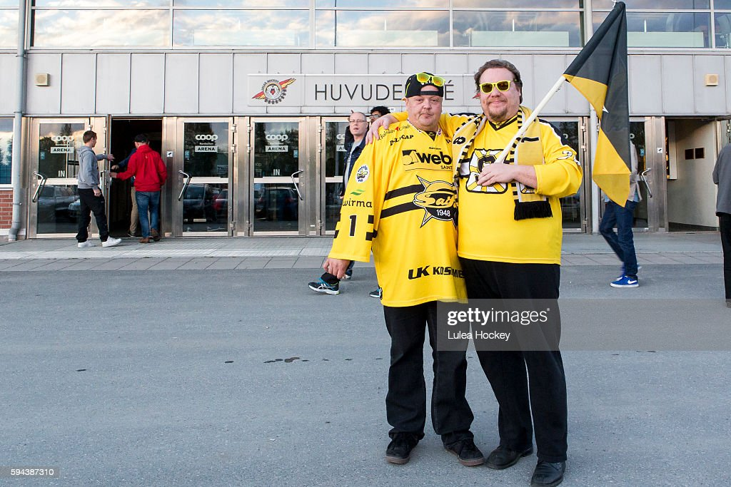 SaiPa Lappeenranta fans infront of Coop Norrbotten Arena during the Champions Hockey League match between Lulea Hockey and SaiPa Lappeenranta at Coop Norrbotten Arena on August 23, 2016 in Lulea, Sweden.