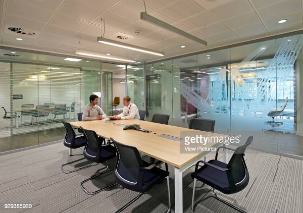 Saipem Headquarters KingstonuponThames KingstonuponThames United Kingdom Architect John Roberston Architects 2013 Glass partitioning of meeting rooms