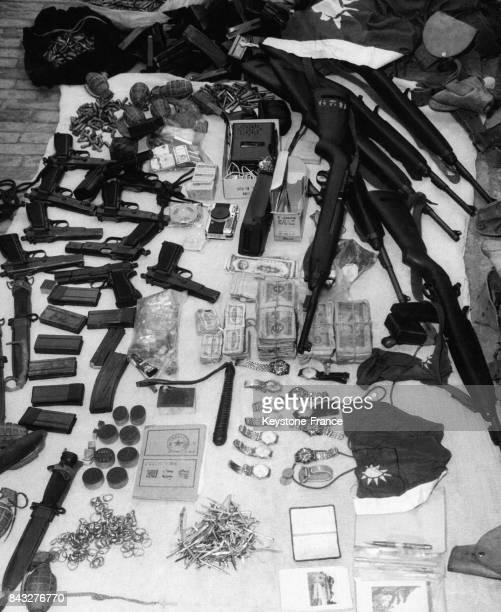 Saisie d'armes d'agents anticommunistes par les Brigades du Peuple le 7 novembre 1963 en Chine
