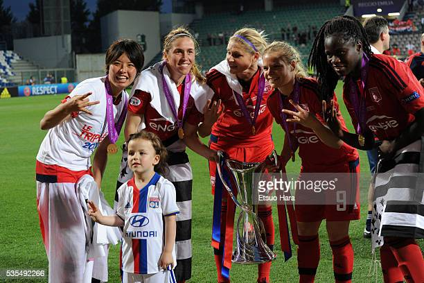 Saki Kumagai and Lyonnais players celebrate their win in the UEFA Women's Champions League Final between VfL Wolfsburg and Olympique Lyonnais at...