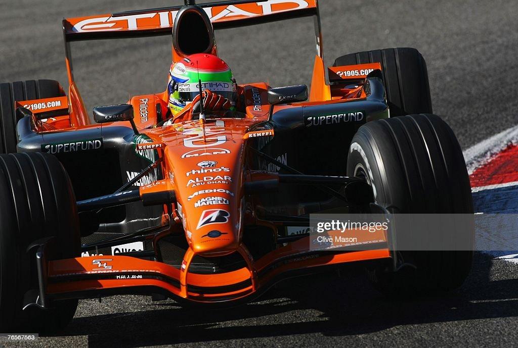 Italian Formula One Grand Prix: Practice : ニュース写真