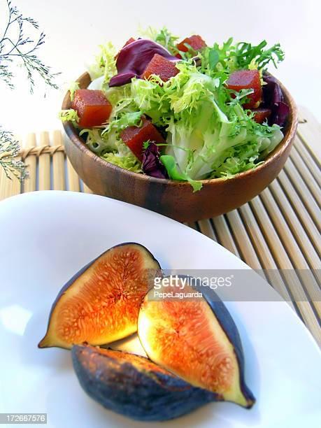 & Ensalada de frutas frescas