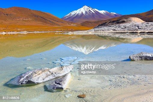 Geothermal Field Of Sol De Mañana Stock-Foto | Getty Images
